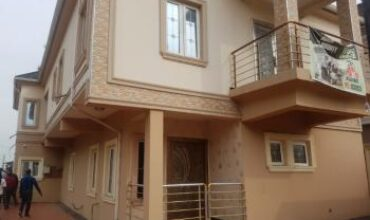5-bedroom Detached house with Domestic Quarters and Swimming Pool